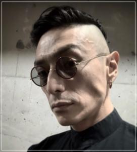 伊勢谷友介 ピアス 跡 舌