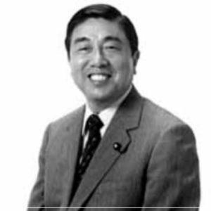 岸田文雄政調会長,若い頃,学歴